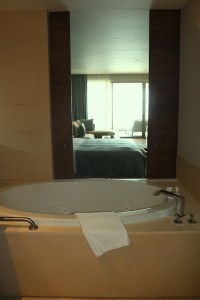 Grand Velas Los Cabos_jacuzzi tub_The Mexico Report