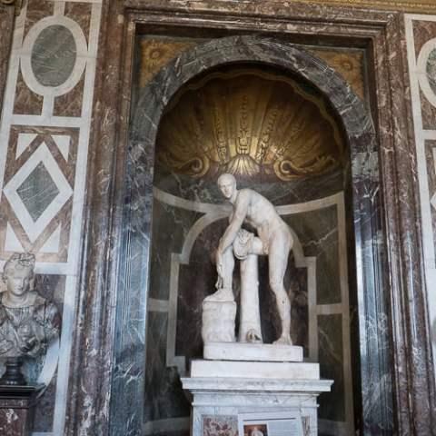 Male Statues & Their Appendages – Paris Part 1