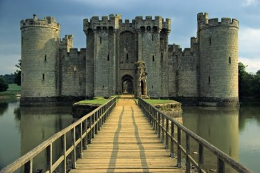 castles medieval english ages middle castle england age bodiam castelo they early history knights through info bridge town obstacles enemies