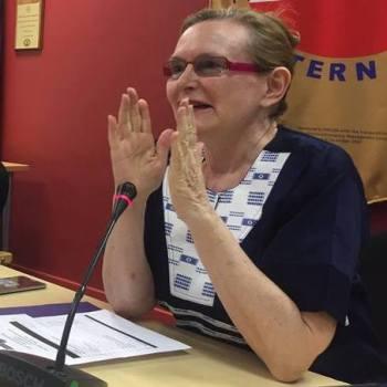 Premier Helen Zille threatening sue Mike Hampton