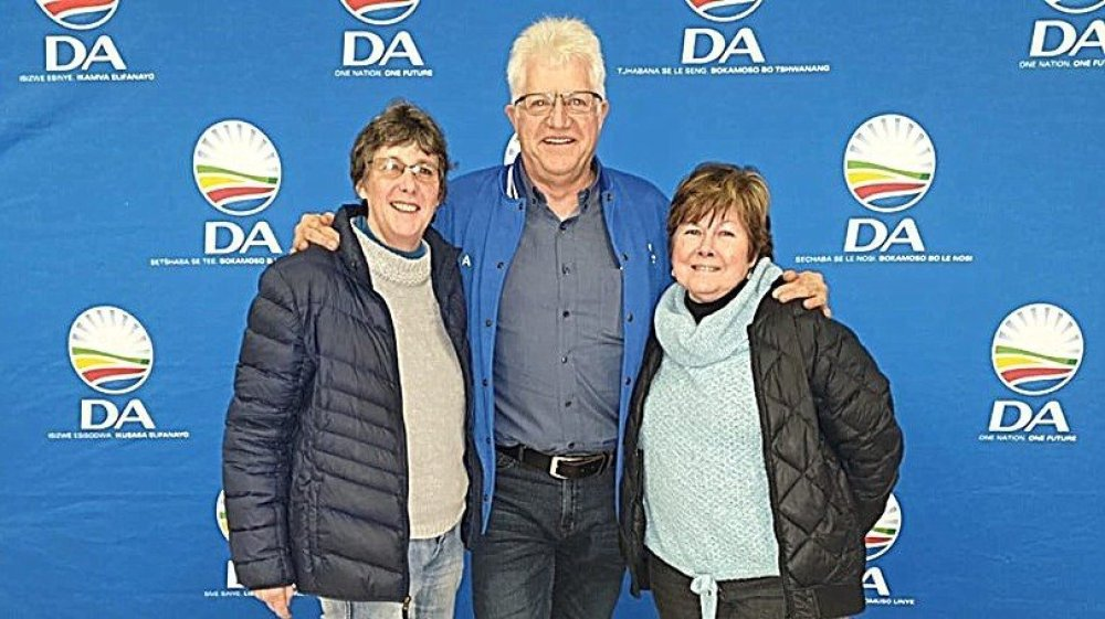 2019.08.18 Alan Winde Julie Seton Esme Edge Esme Jefferys Brenton Ward 5 by-election debate