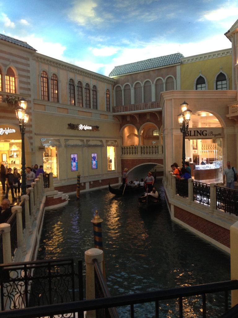 venetian-hotel-canal-themcj