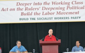 SWP National Secretary Jack Barnes, at podium, told conference that recent steps by Washington in Korea and Middle East, regardless of rulers' aims, can help open space for workers to organize and gain combat experience against their own capitalist ruling classes.