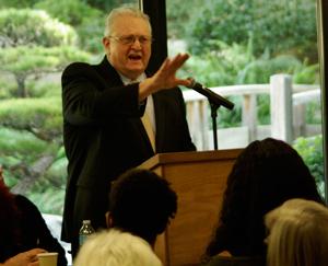 Norton Sandler addresses celebration of Bailey's life.