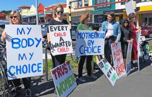 New Zealand picket defends women's right to abortion