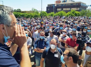 """Nissan workers protest in Barcelona May 28, chanting """"If this is not fixed — war, war, war!"""" demanding auto bosses reverse decision to shut down factories there in move to boost profits."""