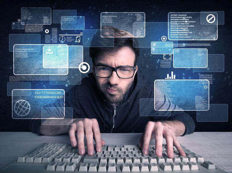 un geek della gen Z al computer