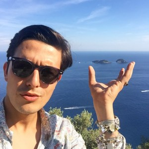 Catalogo dei MILLENNIAL #60: Alessandro Enriquez. La tua enciclopedia dei millennial