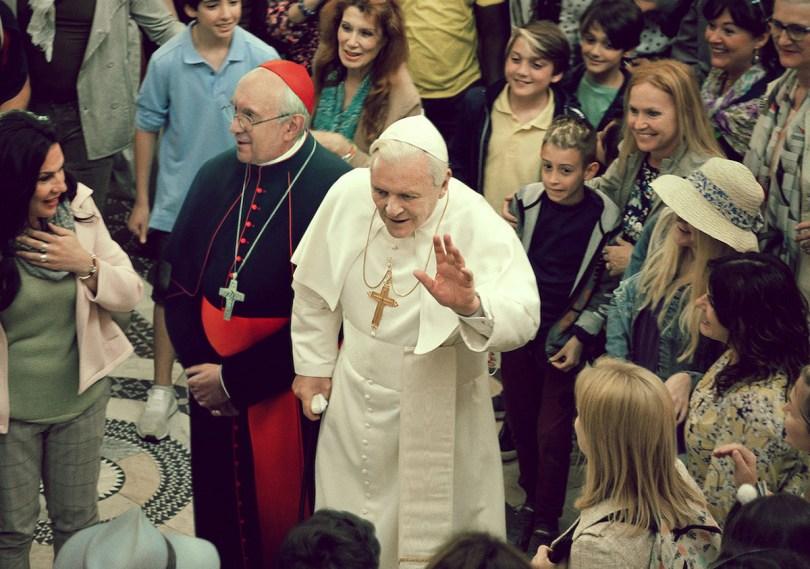 Pryce e Hopkins interpretano Bergoglio e Ratzinger