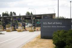 DHS Allowing Fully Vaccinated Travelers to Enter U.S. at Border Crossings in Canada, Mexico