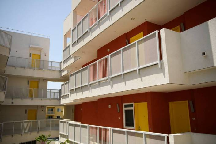 California Crushing Suburban American Dream by Eliminating Single Family Homes, Enriching Multi-Unit Developers
