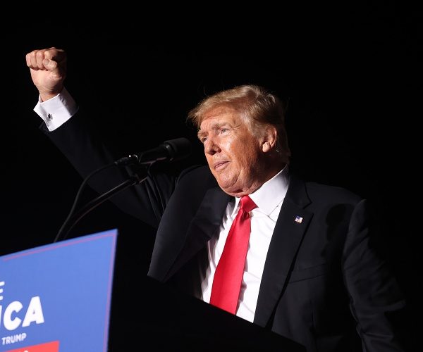 2 Bookmakers Have Trump as Favorite to Win 2024 Election