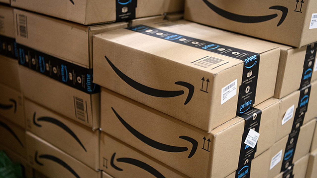 Amazon believes second-quarter loss is possible, but expects revenue to jump 28% to $81 billion