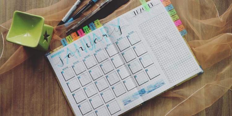 7 ways to stay on top of your schedule
