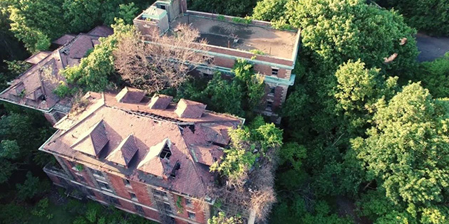 Drones Explore Abandoned Off-Limits NYC Island