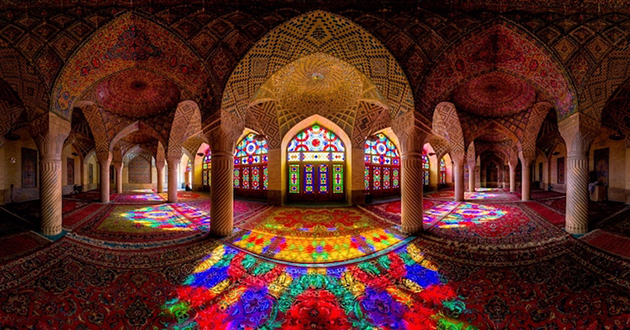 "Stunning ""Pink Mosque"" Bathes Early Morning Visitors in a Brilliant Kaleidoscopic Light"