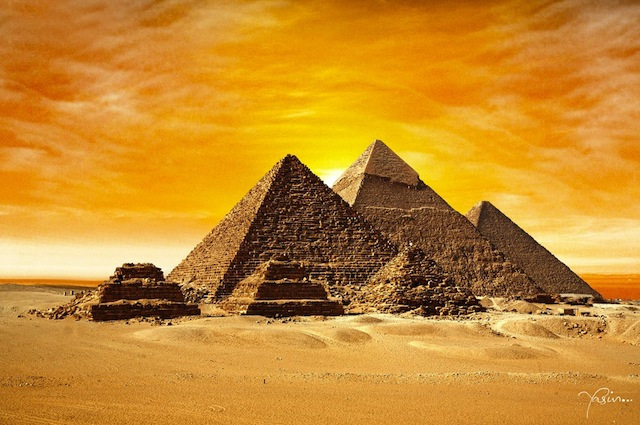 https://i0.wp.com/themindunleashed.org/wp-content/uploads/2013/07/Pyramids-Pic.jpg?w=660