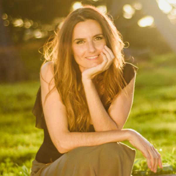 Ana Garcez - The Minimal Magazine