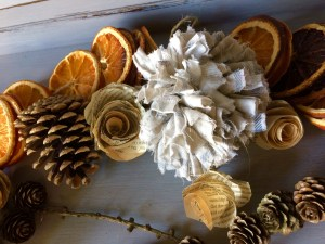 citrus smells through the house - eco friendly christmas decorations!