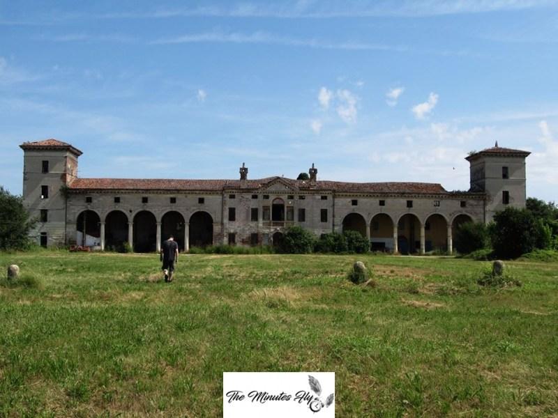 la villa dei volatili - un altro natale dimenticato - the minutes fly