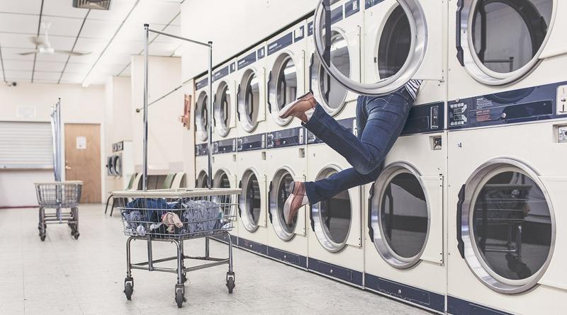 inside house - pulizie - pulito - asciugatrice - consigli bucato - consigli della nonna