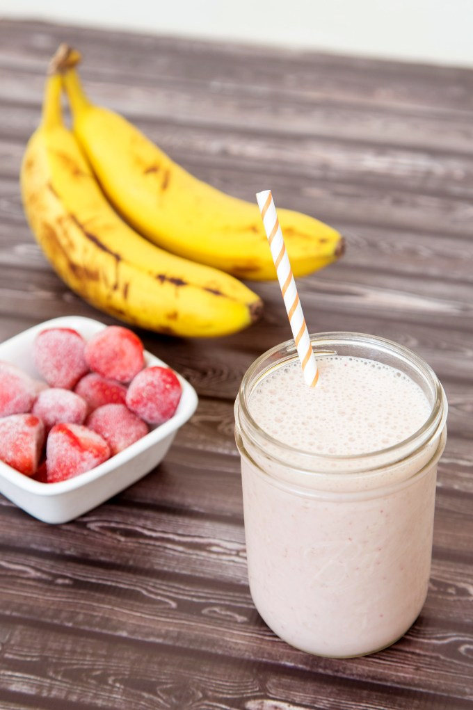 Strawberry Banana Smoothie 2 | The Missing Lokness