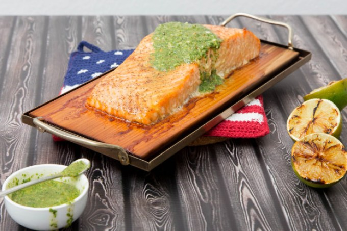 Cedar Plank Salmon with Cilantro Pesto and Grilled Lime 1 | The Missing Lokness