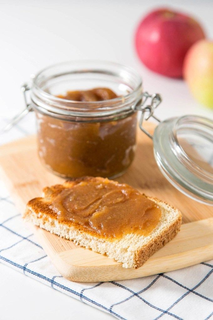 Apple Butter #apple #applepicking #applebutter #easyrecipe #fallrecipe #applespice #jam | The Missing Lokness