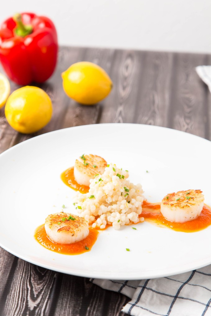 Seared Scallops with Roasted Pepper Sauce and Garlic Couscous 1| The Missing Lokness
