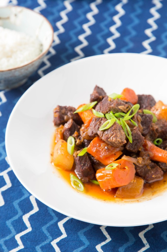 Braised Short Ribs with Daikon and Carrot (Pressure Cooker) 3| The Missing Lokness