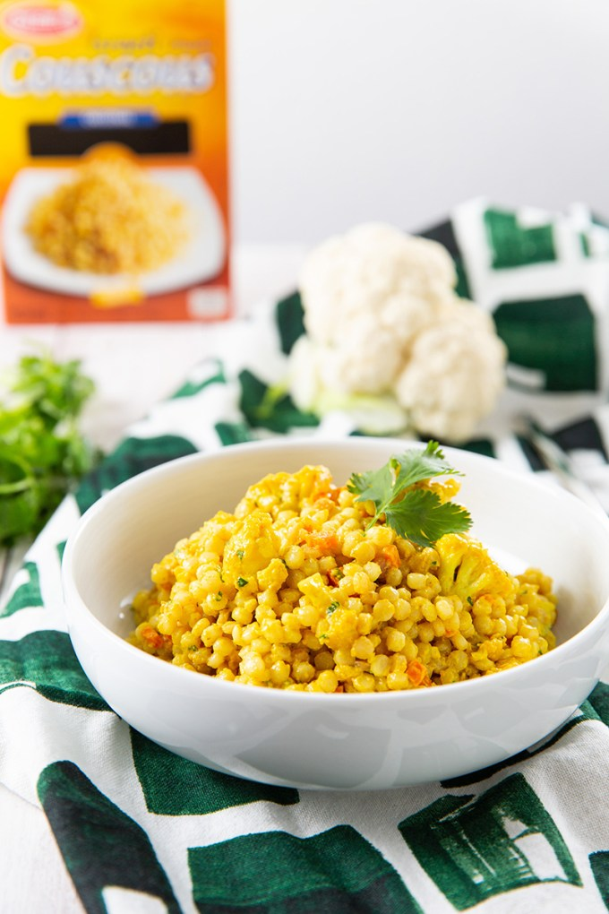 Mendocino Farms Curried Couscous with Roasted Cauliflower #sidedish #pastasalad #couscous #curry | The Missing Lokness