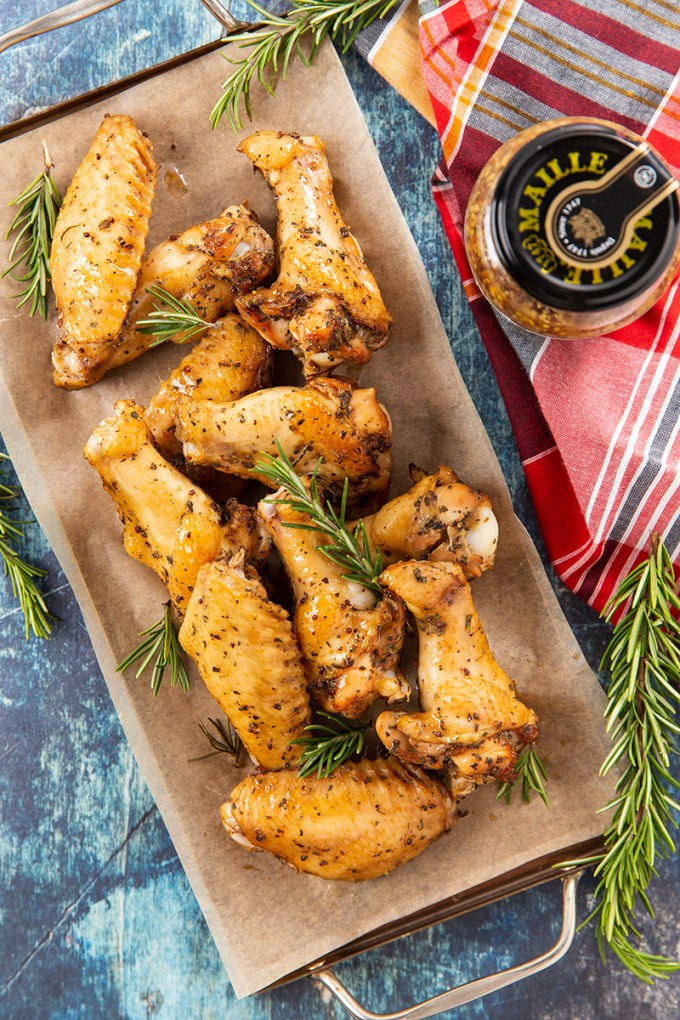 Honey Mustard Soy Sauce Chicken Wings #chickenwings #appetizer #partyfood #gameday #easyrecipe #dinner #dinnerrecipe | The Missing Lokness