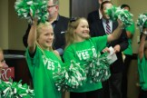 Northland Chamber cheerleaders at a Prop D rally on October 17, 2018. PHOTO/ALISHA SHURR - THE MISSOURI TIMES