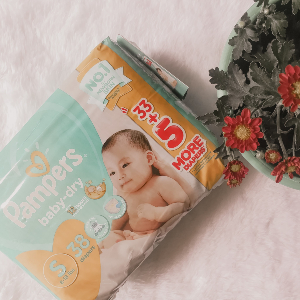 pampers baby dry newborn - choosing the best diaper for your baby - newborn baby diaper