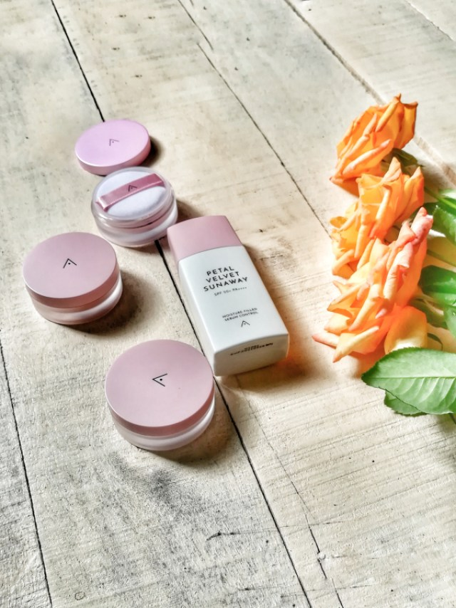 Korean Face Powder and Sunscreen for Oily & Acne Prone Skin