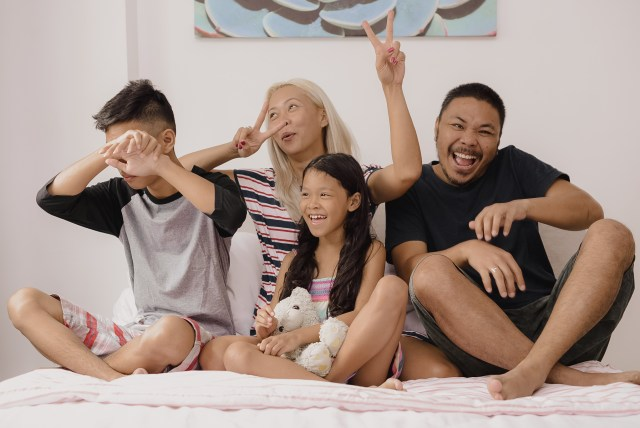 More Worry-Free Days with Joy - The V Family Goofy