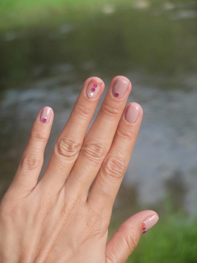 Trying Gel Nail Polish and Nail Art for the First Time at Fattima Jo Salon - nail art