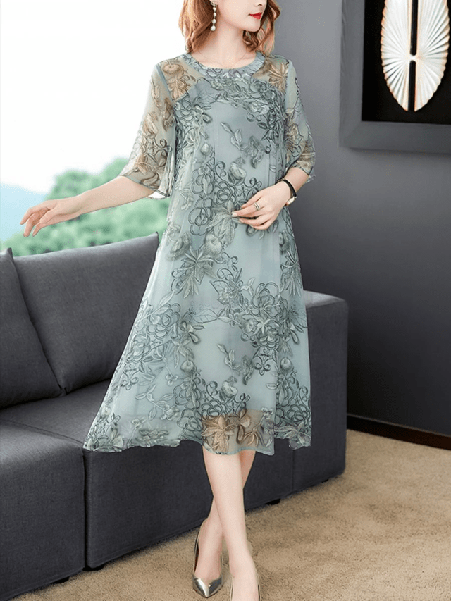 Elegant Dresses for Special Occassions- loose-silk-chiffon-dress