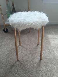 DIY: Faux Fur Stool  Jess the Look