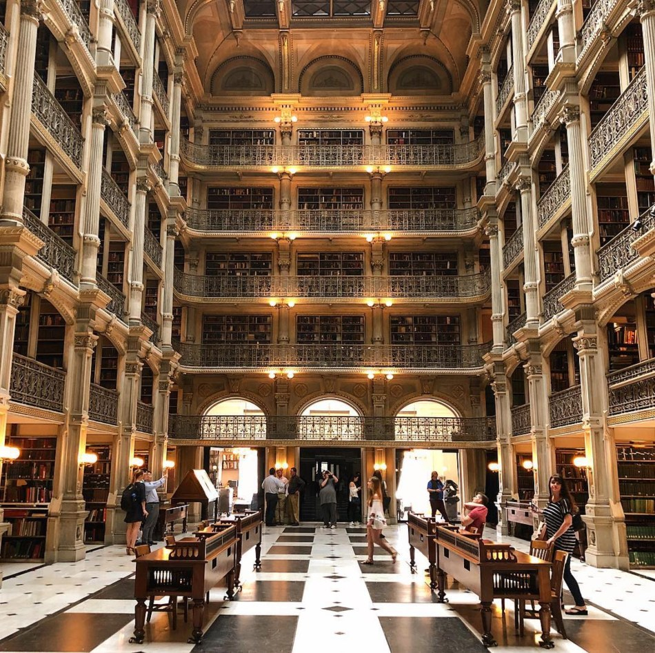 The-Peabody-Library.JPG