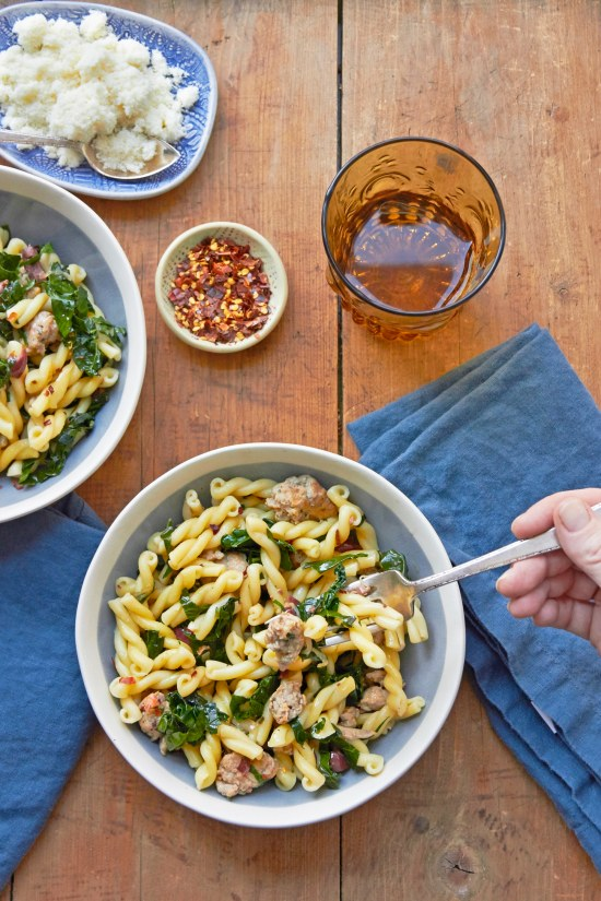 Quick pasta recipes / Mia / Katie Workman / themom100.com