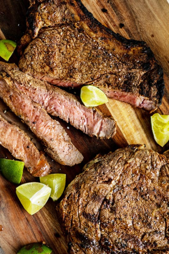 Mexican Steak Rub / Katie Workman / themom100.com / Photo by Cheyenne Cohen