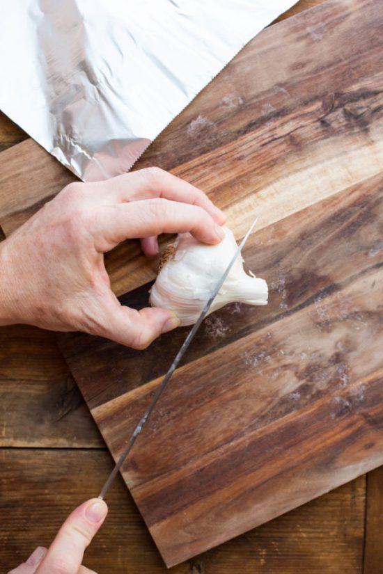 How to Mince Garlic / Sarah Crowder / Katie Workman / themom100.com