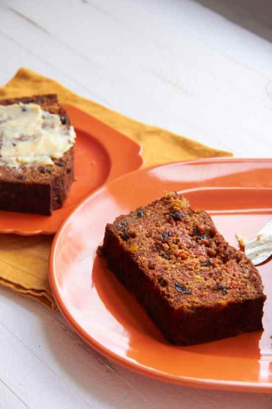 Carrot Raisin Bread / Mia / Katie Workman / themom100.com