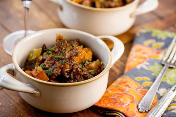bbq stew recipe / Photo by Cheyenne Cohen / Katie Workman / themom100.com