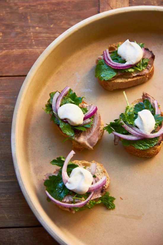 Lamb Crostini with Spiced Crème Fraiche and Herbs / Sarah Crowder / Katie Workman / themom100.com