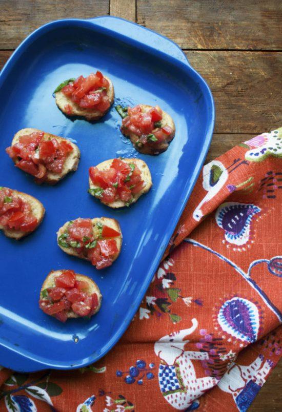 Tomato Bruschetta / Laura Agra / Katie Workman / themom100.com
