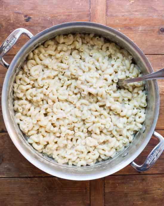 Stovetop Macaroni and Four Cheeses / Sarah Crowder / Katie Workman / themom100.com