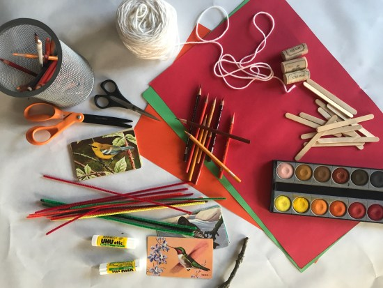 A Fun Thanksgiving Craft Table for the Kids