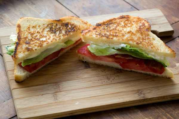 The Ultimate BLT / Katie Workman / themom100.com